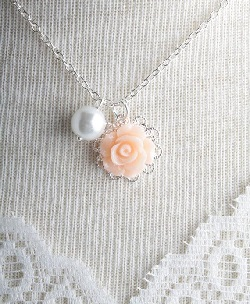 pearl white gold necklace
